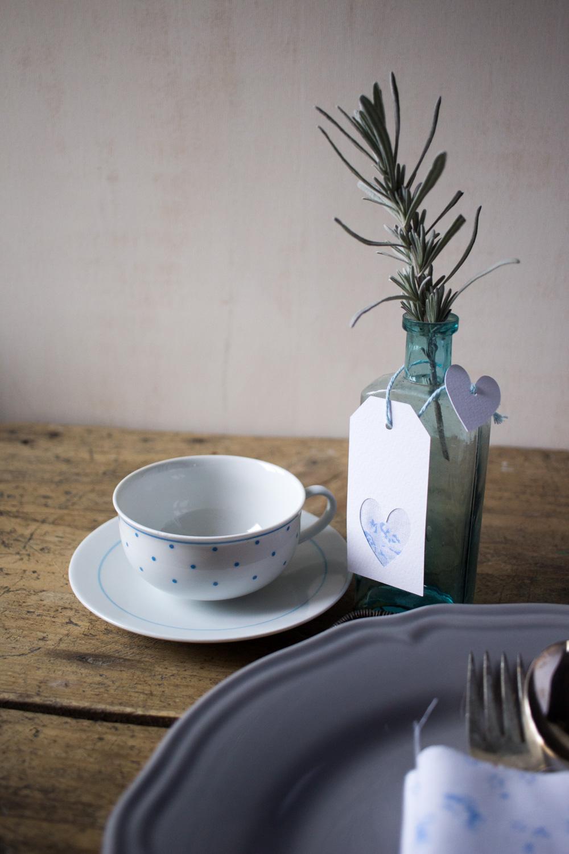 Segnaposto per la tavola di primavera con i tessuti Cabbages&Roses - Lliy&Sage Design