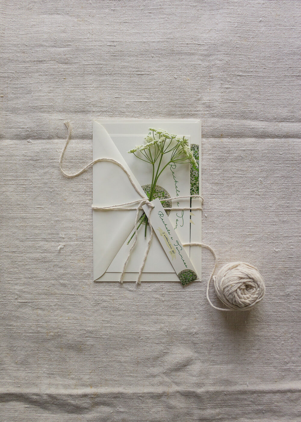 Wedding suite botanica Allium - Partecipazioni matrimonio e tag chiudi busta - Lily&Sage Design