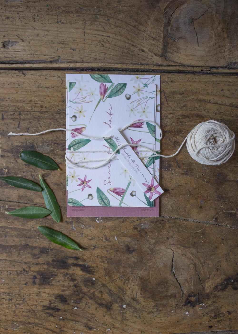 Wedding suite botanica Lillie - Cartoleria per matrimonio in carta vergata - Dettagli botanici - Lily&Sage Design