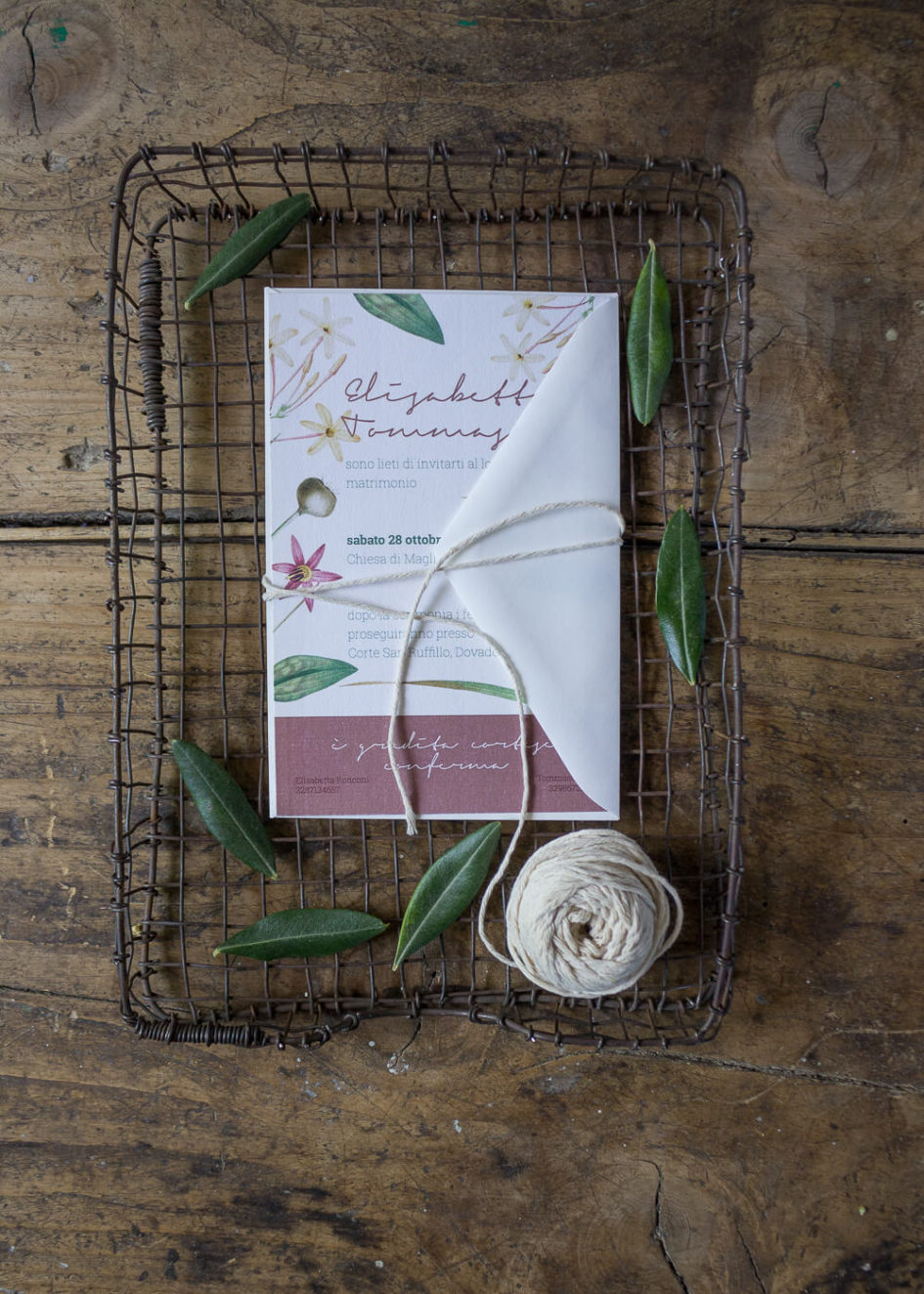 Wedding suite botanica Lillie - Partecipazioni di matrimonio botaniche in carta vergata - Lily&Sage Design