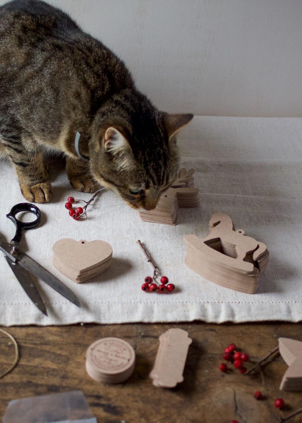 Il mio negozio di Natale - Jemima al lavoro - Lily&Sage Design