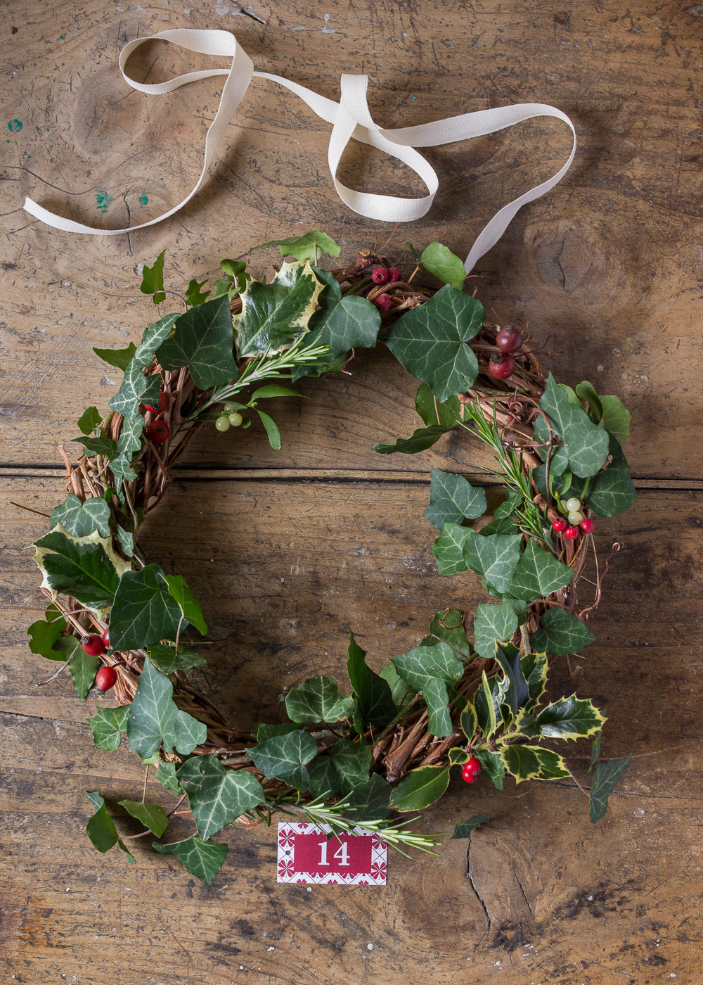 Calendario dell'Avvento - La ghirlanda di Natale - Un Natale di tradizioni - Lily&SageDesign